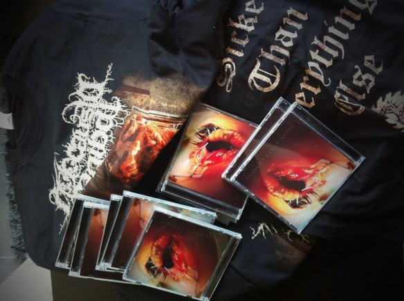 LARVAS CD SHIRTS OUT NOW